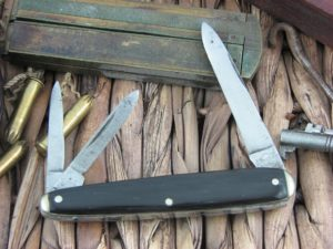 Remington Splitback Whittler with Black Composite handles