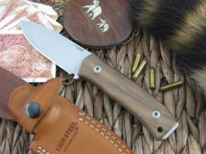 Lion Steel M4 Walnut Wood handles M390 steel M4WN