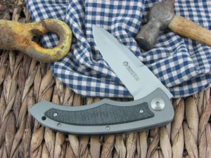 Maserin Cutlery Am1-Tech Flipper Textured Carbon Fiber handles CPM-S35VN steel Satin finish 382-CN