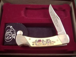 Schrade USA White Composite Eagle Has Landed Scrimshaw Lockback