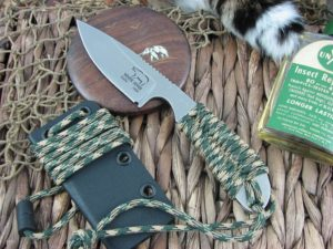 White River Knife Backpacker Stone Wash Camo Paracord CPM S30V WRBPCA