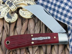 Great Eastern Cutlery Harvester Hawkbill Tidioute Red Glass Bone 47P116