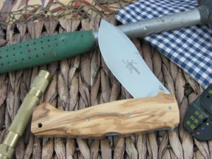 Viper Cutlery Venator Hunter Olive Wood handles N690 steel Satin 5800UL