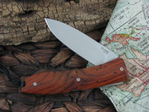 Lion Steel Big Opera with Santos Wood handles 8810ST