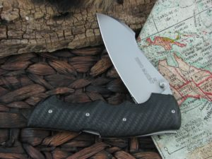 Viper Knives Rhino with Carbon Fiber handles 5900FC