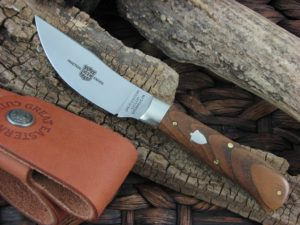 Great Eastern Cutlery Upland Hunter with American Chestnut handles H734