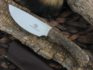 Arno Bernard Knives Grazer Warthog with Kudu Bone handles