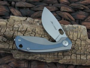 Viper Cutlery Lille with Blue Titanium handles V5962TIBL