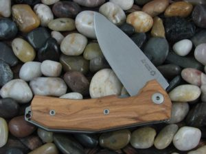LionSteel KUR with Olive Wood handles KUR-UL