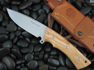 Viper Cutlery Gianghi with Olive Wood handles
