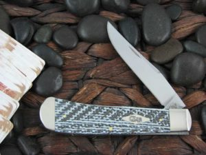Case Knives Back Pocket with Carbon Fiber Weave handles CA38924