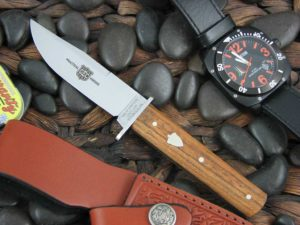 Great Eastern Cutlery H10 Satin 1095 Antique Cherry Wood Hunter