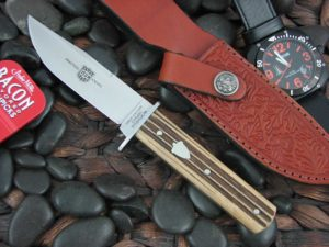 Great Eastern Cutlery H30 with Woodland Muslin handles