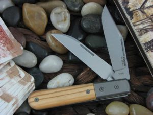 lionSteel Barlow with Titanium Bolsters Olive Wood handles CK0122