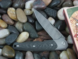 Viper Knives Key with Carbon Fiber handles VA5978FC