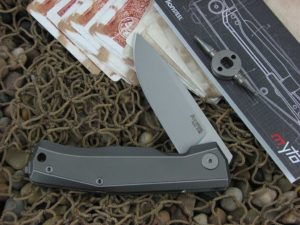 lionSteel Cutlery MYTO with Titanium handles MT01GY